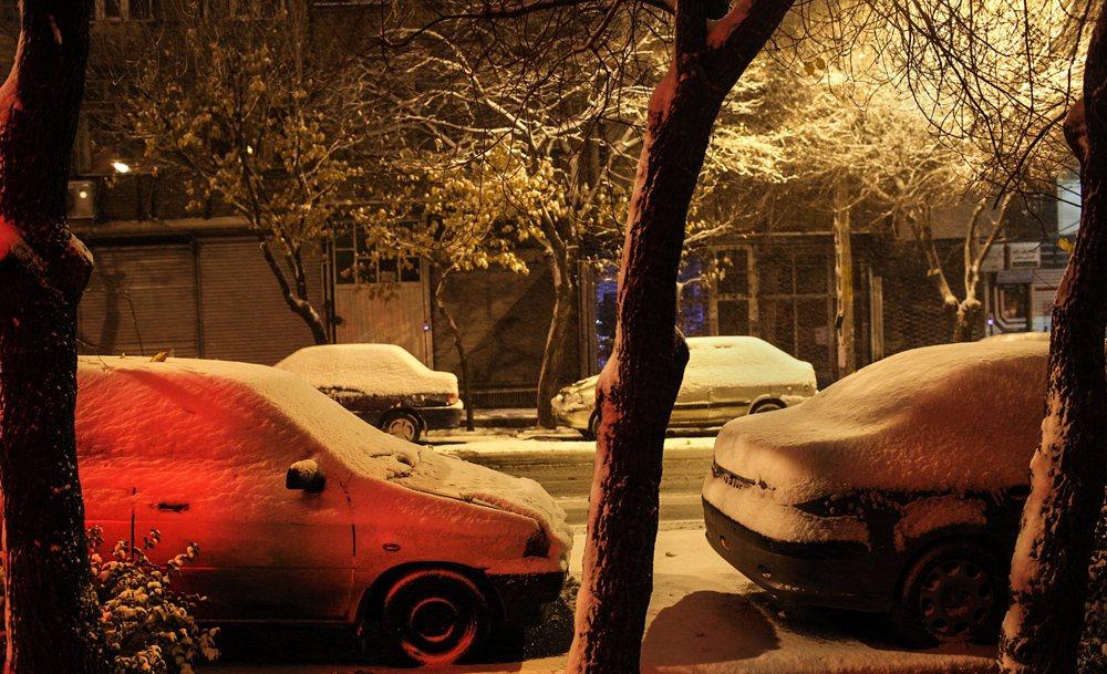 بارش برف و باران و ترافیک پر حجم در جاده های کشور