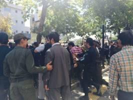 ممانعت نیروی انتظامی از تجمع شاکیان پرونده پدیده شاندیز مقابل مجلس همزمان با حضور روحانی