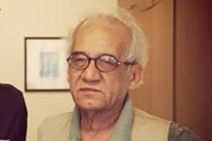 مصطفی اسلامیه نویسنده و مترجم رُخ در نقاب خاک کشید