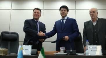 امضای تفاهم نامه همکاری بین شوراهای بازرگانی مشترک ایران و قزاقستان