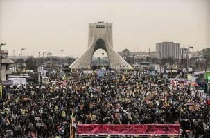 انتقاد روزنامه جمهوری اسلامی از توهین به شخصیتهای انقلاب در تظاهرات22بهمن