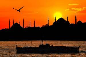 تور لحظه آخری استانبول 17 فروردین 95