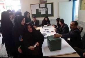 حضور شور انگيزمردم دو حوزه انتخابيه چهارمحال و بختياري در دور دوم انتخابات