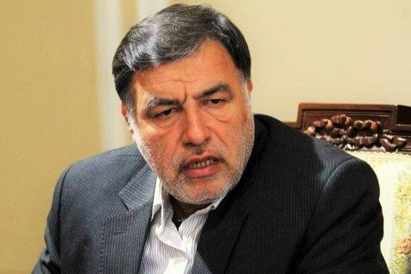 اطرافیان عارف و لاریجانی حاشیه سازان اصلی انتخاب ریاست مجلس