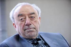 عسگراولادی: بانکهای بزرگ با ایران مراوده نمیکنند