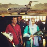 تقدیر مردم از فاطمه گودرزی و محمدرضا هدایتی در فرودگاه! +عکس