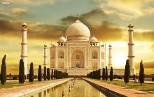 ۲۰ اردیبهشت؛ اتمام بنای ساختمان تاريخی تاج محل در هند