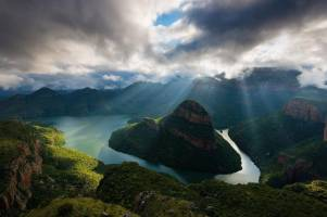 بهترین مناطق طبیعی برای تفریحات آبی