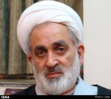 دستگاههای قضایی مساله دیدار فائزه هاشمی با سرکرده بهائیت را پیگیری کند