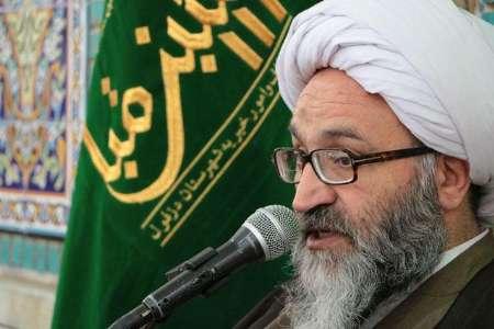 علاقه مردم به امام راحل همچنان در حال افزایش است