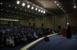 روحانی: دولت یازدهم برای تحقق حقوق زنان، با همه توان فعال است