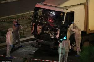 سایه مرگ در نیس فرانسه؛ 80 کشته و 130 زخمی