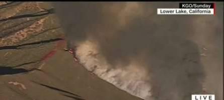 بی خانمانی 4هزار کالیفرنیایی دراثر آتش سوزی