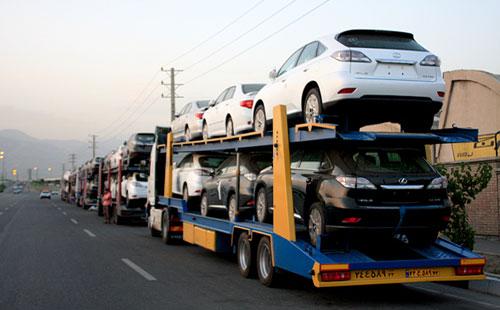 قیمت دو خودروی وارداتی کاهش یافت