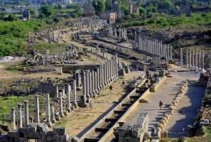 شهر باستانی پرگ در آنتالیا