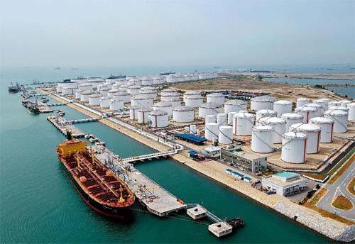 توقف صادرات نفت به سری لانکا