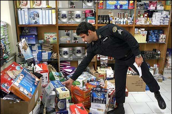 ۱۲ هزار قلم کالای قاچاق از یک واحد مسکونی در سمنان کشف شد