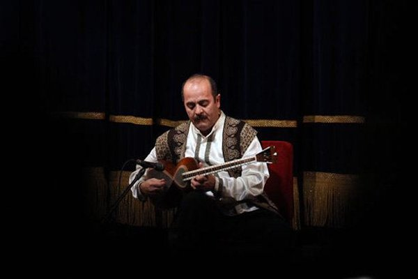 قاره پیمایی کیوان ساکت با موسیقی ایرانی