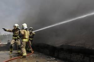 انفجار واحد مسکونی در خیابان فاطمی