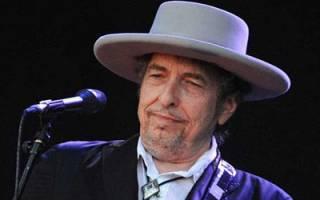 «باب دیلن» عنوان «برنده نوبل» را از سایتش حذف کرد