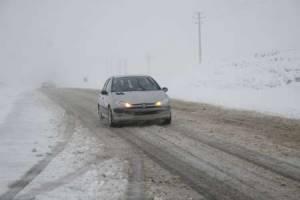 برف گردنه های کوهستانی زنجان را سفیدپوش کرد