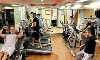 تأثیر تمرکز ذهنی بر عضلهسازی در تمرینات بدنسازی
