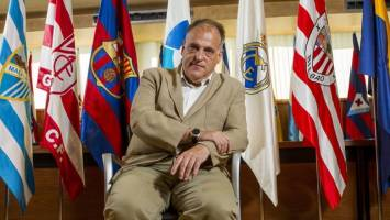بارسلونا رییس لالیگا را دادگاهی میکند