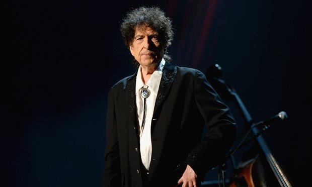«باب دیلن» در مراسم نوبل شرکت نمیکند