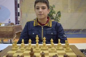 نماینده ایران قهرمان مسابقات شطرنج آماتورهای آسیا شد