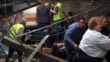 ابراز همدردی فرانسه با خانواده قربانیان حادثه برخورد دو قطار مسافربری در ایران