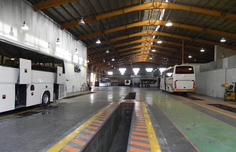 کاهش تولید اتوبوس