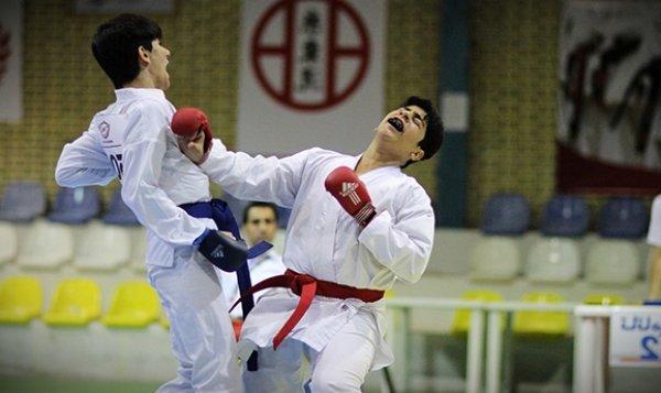 پایان دور رفت لیگ کاراته آینده سازان