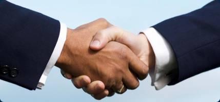 استخدام مدیر بازرگانی با سابقه و راننده در یک شرکت بازرگانی