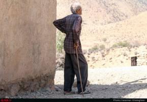 منابع آبی و معیشت کشاورزان با بحران مواجه است