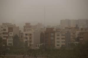 چتر آلودگی بر سر تبریز!