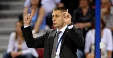 کاندیدای مربیگری تیم ملی والیبال: فکر نمیکنم مشکل زیادی برای توافق با ایران باشد