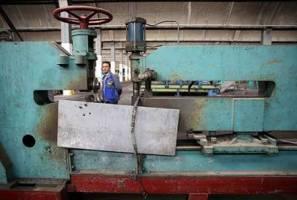 مذاکره با شرکت های اروپایی و آمریکایی برای احیای کارخانه های ارج و آزمایش