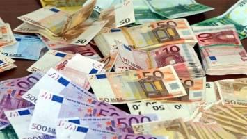 ترکیب سبد ارزی باید بر مبنای منافع اقتصادی تعیین شود نه سیاست