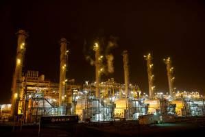 برپایی نخستین فنبازار تخصصی نفت، گاز و پتروشیمی در پایتخت انرژی ایران
