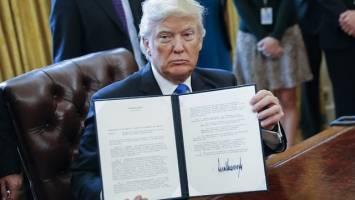 هشدار ۱۶۴ دانشگاه و پژوهشکده آمریکا در مورد تبعات دستور مهاجرتی ترامپ