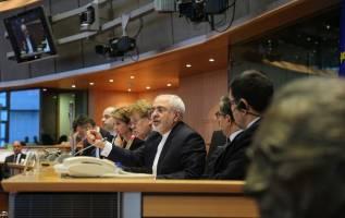 دفاع قاطع و صریح وزیر خارجه کشورمان از برنامه موشکی ایران