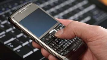 سرویسهای ارزش افزوده تلفن کدامند؟