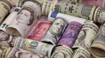 افزایش قیمت دلار و پوند بانکی و افت یورو