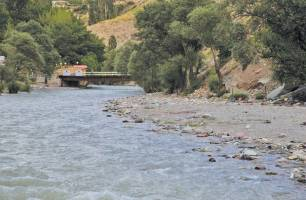 مدیریت منابع آب به تدریج به بخش خصوصی و مردم واگذار می شود