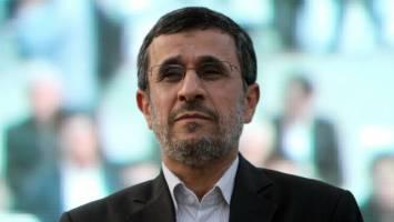 هدف احمدی نژاد از این همه نامه نگاری و بیانیه نویسی چیست؟