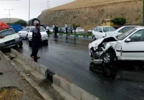 تصادف شدید سه خودرو در خروجی فرودگاه امام