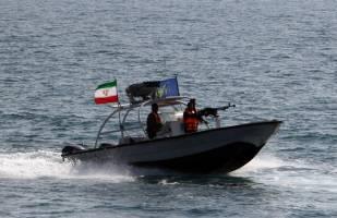 برخورد جدی دیگری بین شناورهای ایران و آمریکا در تنگه هرمز /افزایش خشونت در رفتار شناورهای آمریکایی