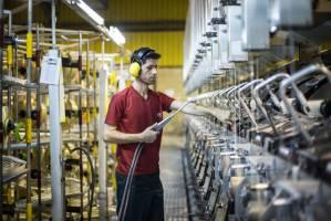 پرداخت تسهیلات ۴۸۹ میلیارد تومانی به بخش صنعت