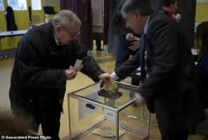 برگزاری جنجالیترین انتخابات ریاستجمهوری فرانسه در میان تدابیر شدید امنیتی
