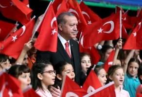 اردوغان به عنوان نامزد ریاست حزب حاکم معرفی میشود